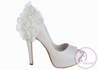 Güllü-gelin-ayakkabısı-modelleri-2013