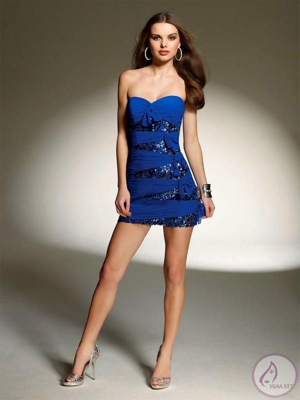 Saks-Mavisi-Gece-Elbiseleri-2