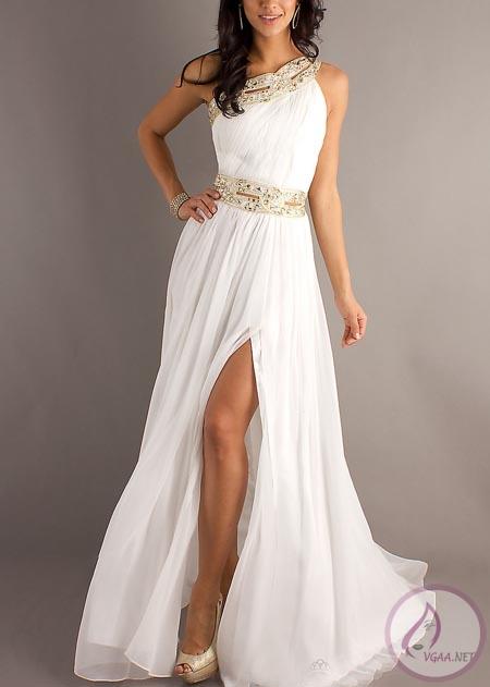 Beyaz-mezuniyet-elbisesi