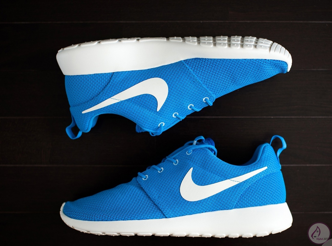 Nike-Roshe-Run-Blue-Hero-Sail-511881-411