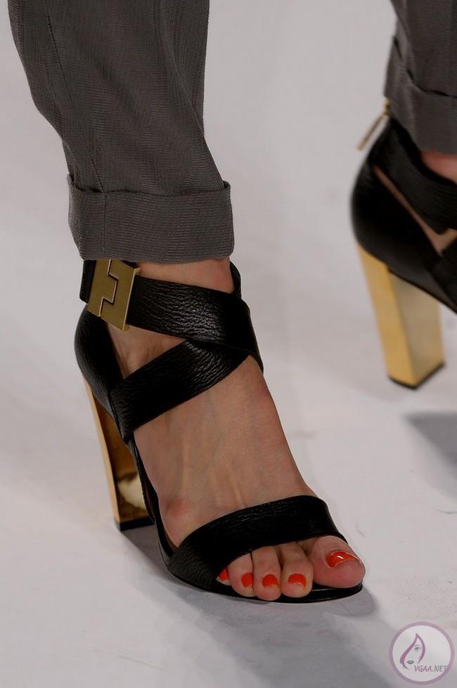 yazlik-ayakkabi-26