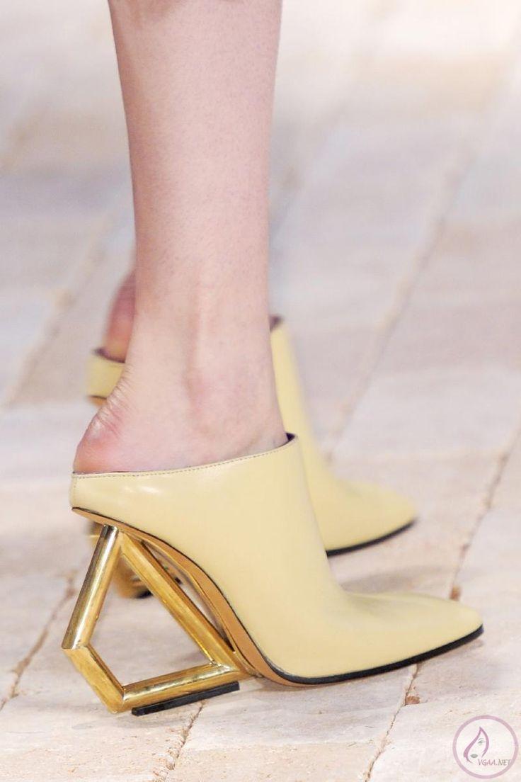 ilginç-topuklu-yaz-ayakkabı-modelleri-2014-1