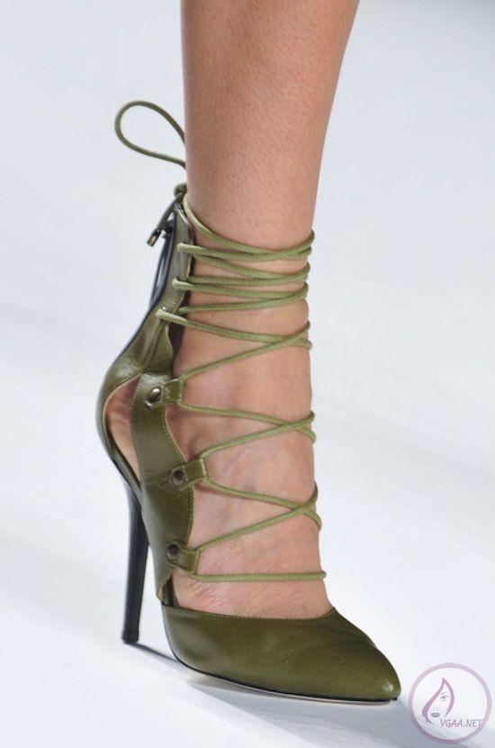 ilkbahar-yaz-bağcıklı-topuklu-ayakkabı-ve-çizme-modelleri
