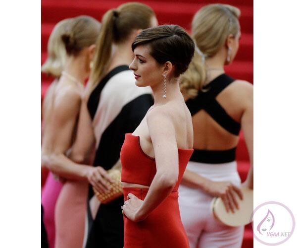 met26-kirmizi hali-abiye-elbise modelleri 2014