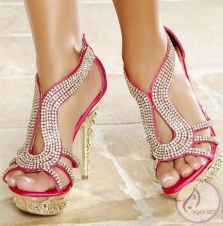 pembe-tasli-bayan-abiye-ayakkabi-modelleri